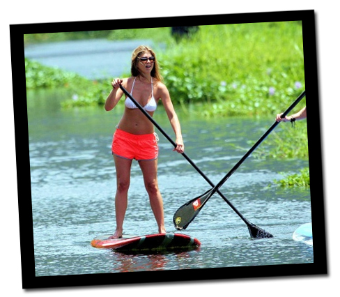 Jennifer_aniston_paddle_surfing