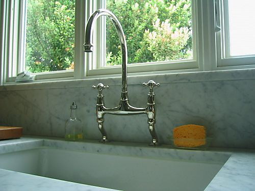 PerrinKitchenFaucet2