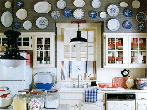 BHG plates on soffit over cabs via mary ruffle