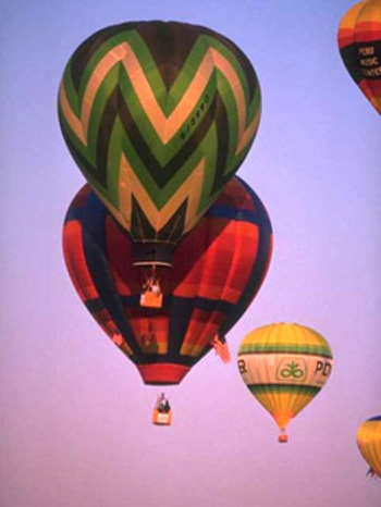 Balloon_race